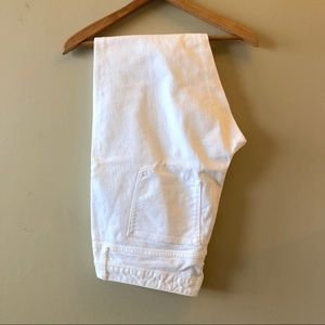 Gap long and lean white jeans  raw hem nwot